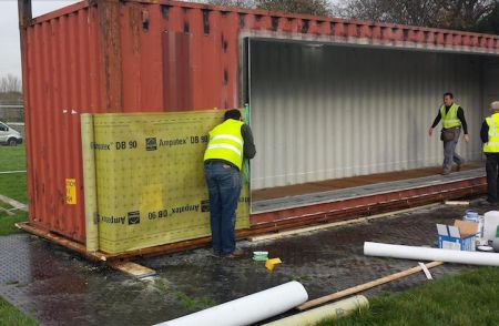 Transformer un container en maison chic et conome habitat l 39 expansio - Container pour habitation ...