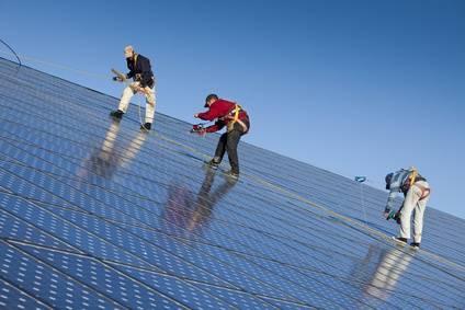 - photovoltaique-Lumieres-fotolia