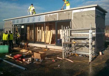 Transformer un container en maison chic et économe - Habitat ...